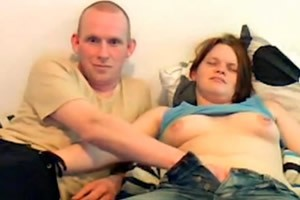 video relacionado Hermana timidamente masturbada