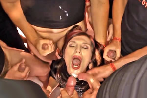 mugeres desnudas bukkake videos